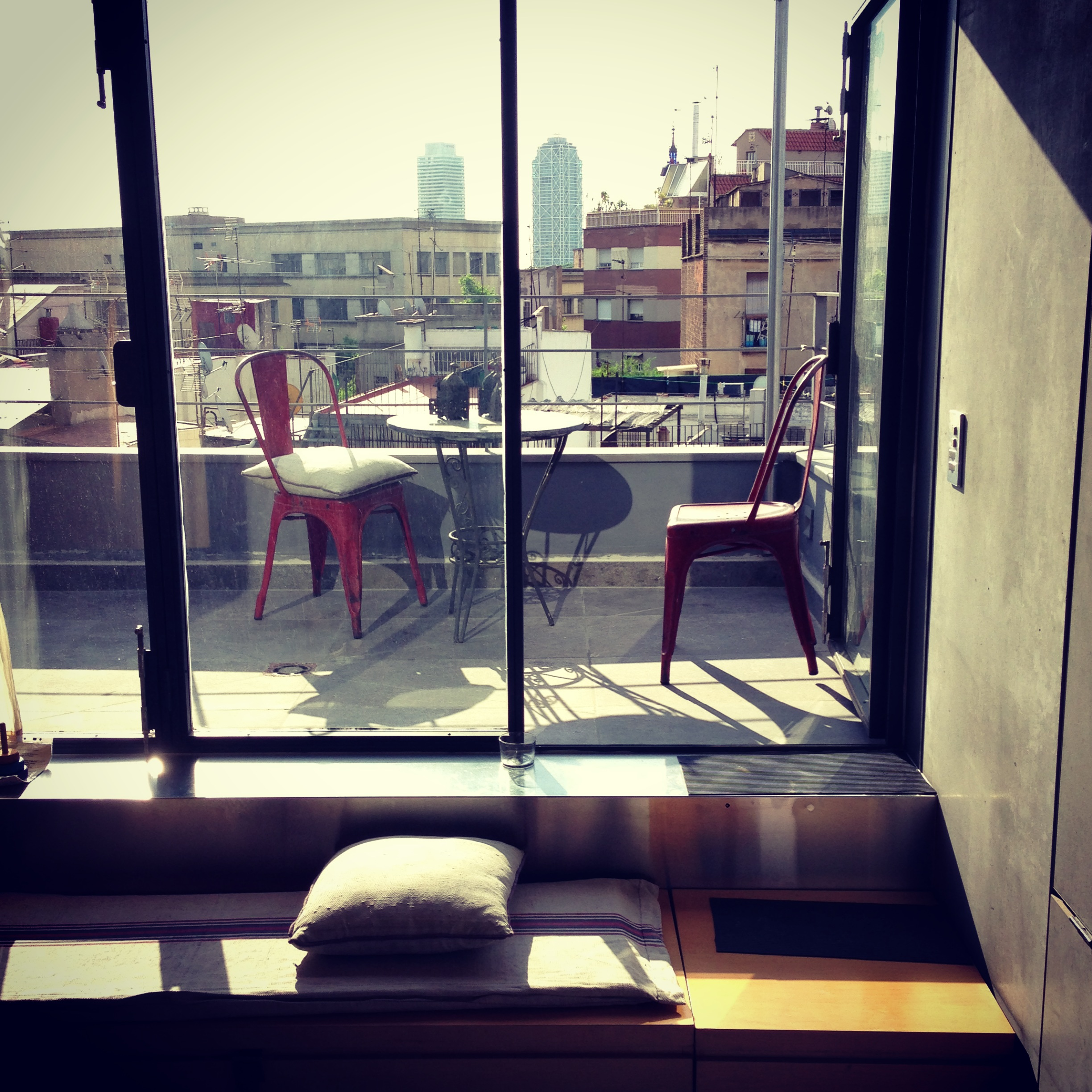 Petit_Penthouse_Barcelona_Window_View.JPG